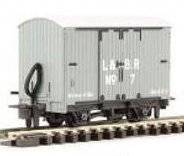 H0e Gedeckter Güterwagen grau, 2-achsig- L&B no.7 - Peco  - Fertigmodell  | günstig bestellen bei Weinert-Bauteile