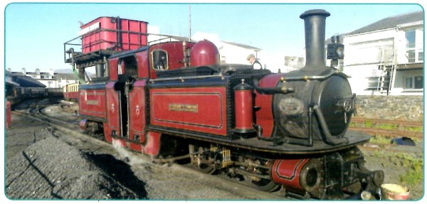 H0e Ffestiniog Railway 0-4-4-0T Double Fairlie - Peco in Kooperation mit Kato  | günstig bestellen bei Weinert-Bauteile