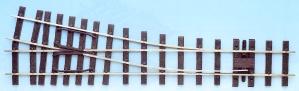 Mehr Details und Kaufen von IIm(G) Code 250 - 12° Weiche rechts, Länge 600 mm - Peco SL995 Mittlerer Radius 1219 mm | günstig bestellen bei Weinert-Bauteile
