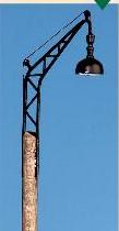 Spur 0 Bahnhofslampe mit Holzmast, beleuchtet - Weinert 25211  | günstig bestellen bei Weinert-Bauteile
