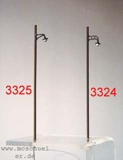 1:87 Lampe gerade am Holzmast, beleuchtet - Weinert 33241 - Mast aus Echtholz | günstig bestellen bei Weinert-Bauteile