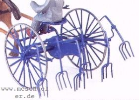 1:87 Heuwender, Anbau an Traktoren bzw. Einsatz mit Pferd - Weinert 4438  | günstig bestellen bei Weinert-Bauteile