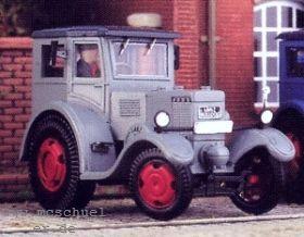 1:87 Lanz Eilbulldog 35 PS, Baujahr 1936, geschlossene Ausführung - Weinert 4547  | günstig bestellen bei Weinert-Bauteile