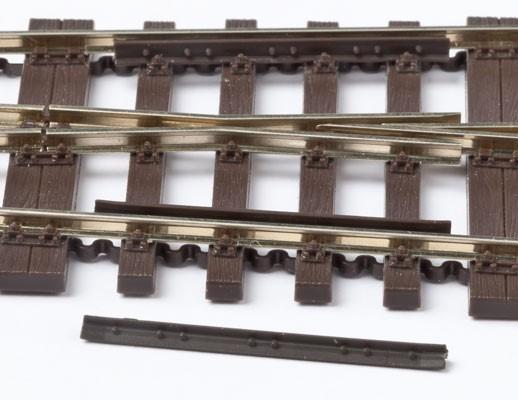 MG Code 75 Radlenker über 4 Schwellen mit Detaillierung, 4 Paar aus Kunststoff - Weinert MeinGleis 74024  | günstig bestellen bei Weinert-Bauteile