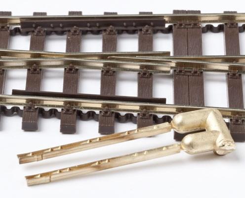 MG Code 75 Radlenker über 4 Schwellen mit Detaillierung, 1 Paar aus Messing  - Weinert MeinGleis 74025  | günstig bestellen bei Weinert-Bauteile